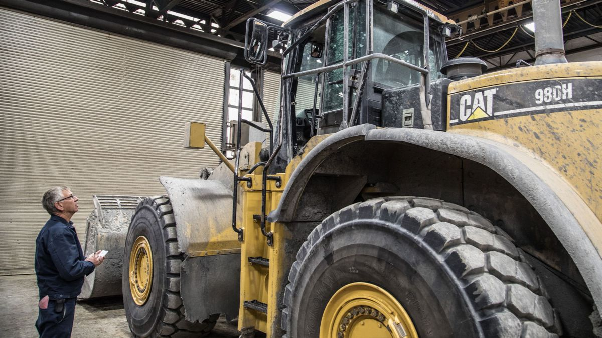 How to Determine the Value of Your Used Heavy Equipment